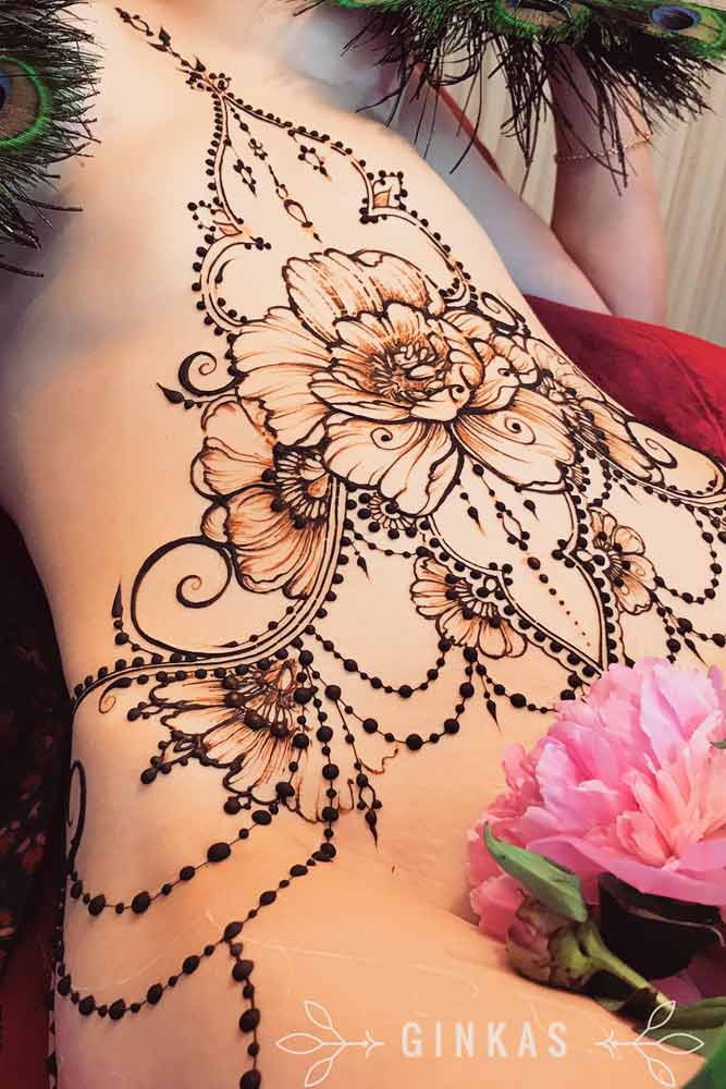 Beautiful Belly Henna Tattoos Picture 3