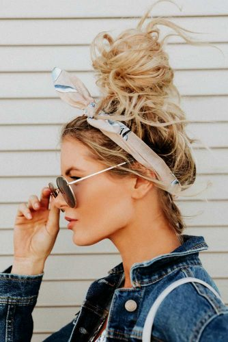 Easy Top Knot Hair Styles Picture 2