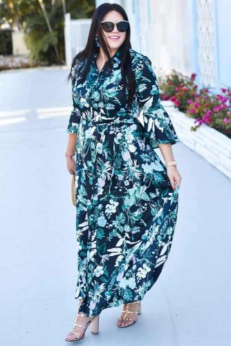 PLus Size Maxi Dress With Sleeves #dresswithsleeves