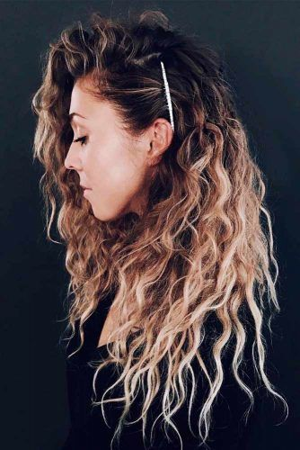Broqn Ombre Wavy Hairstyle #wavyhairstyles #ombrehair