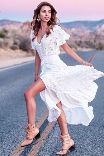 Maxi White Dress Designs For Any Occasion picture 2