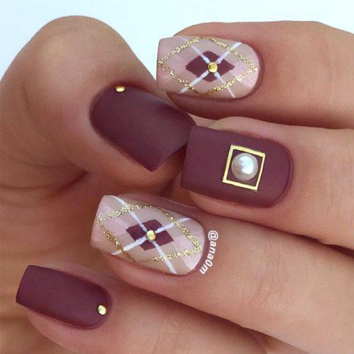 Matte Argyle Nail Design #mattenails