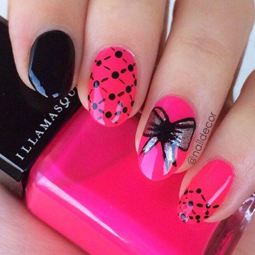 Hot Pink Argyle Nail Design #hotpinknails