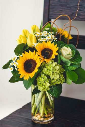 Pretty Sunflowers #sunflowers #sunflowersbouquet #yellowflowers