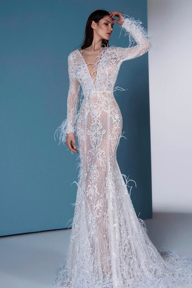 Bohemian Wedding Dress With Ostrich Feathers #ostrichfeathersdress #longweddingdress