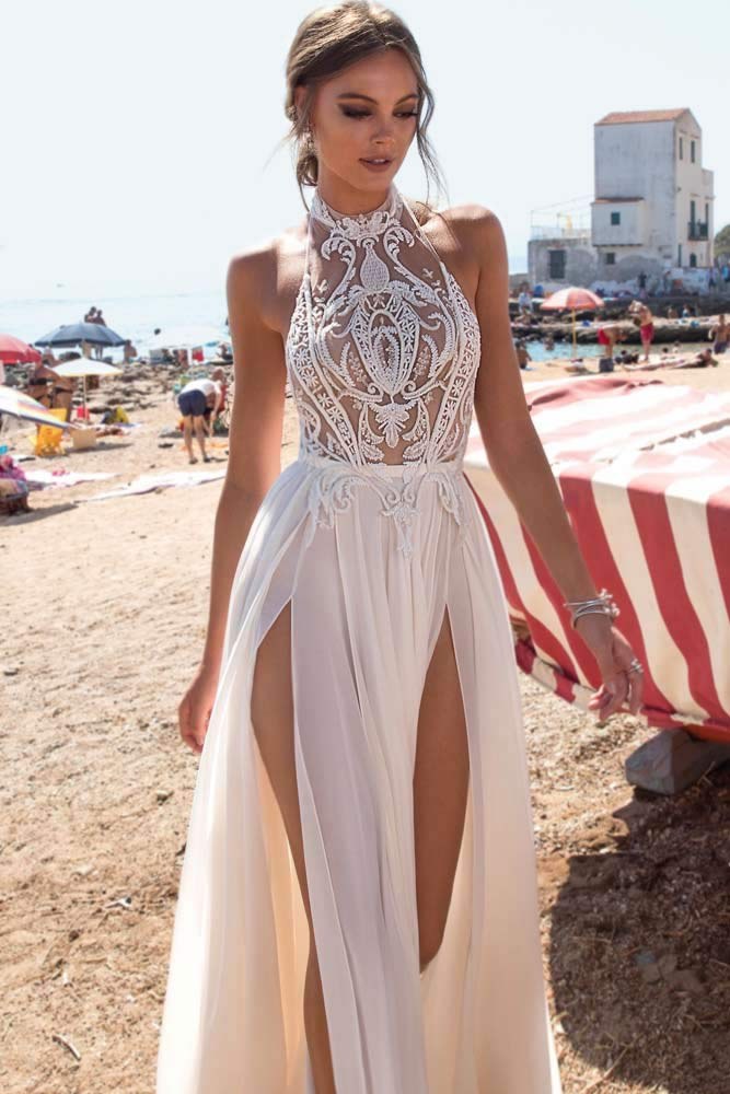 Fantastic Wedding Gown In A Boho Style #bohostyle #highneckdress