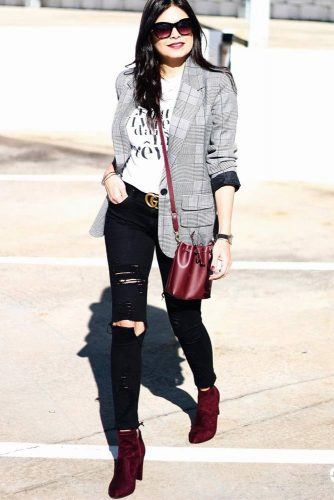 Casual Outfit Idea With Burgundy Accessories #burgundyshoes #burgundybag
