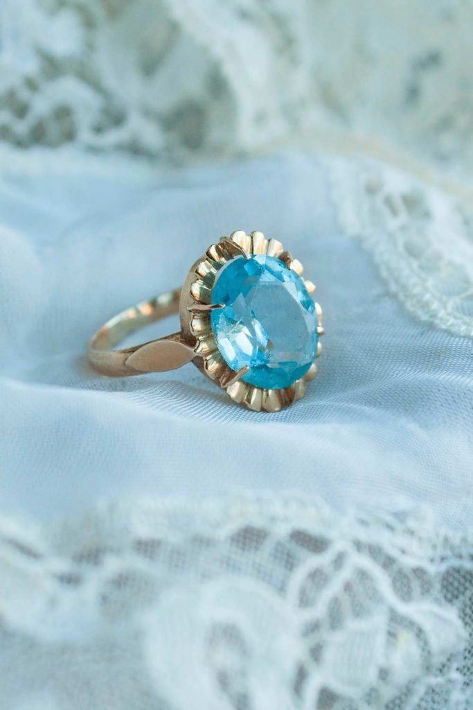 Unique Oval Engagement Ring #ovalstonering #ring