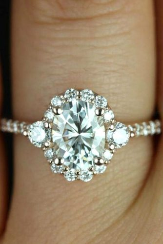 Unique Oval Engagement Ring #ovalcut #rosegoldring #paveband