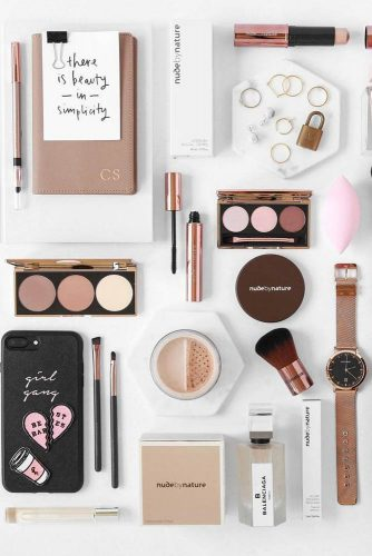 Makeup Flat Lay Idea #makeuo