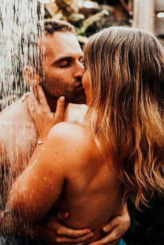 Sex In The Shower #sexycouple #sexyphotos #hotwomen