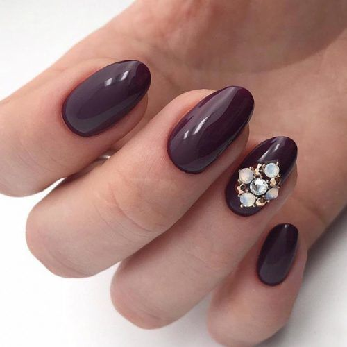 Simple Plum Oval Nails With Rhinestones #plumnails