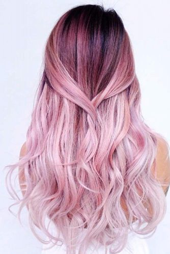 Beautiful Long Wavy Hairstyles #wavyhairstyles