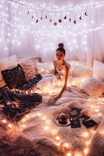 String Lights Decoration In The Bedroom #boho #pillows