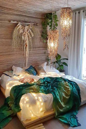 Bedroom In Boho Style With Plants And Lights Accents #walldecor #plants