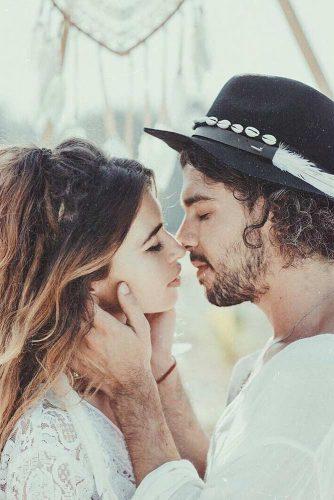 Creative Photo #engagementphotos #couple #love