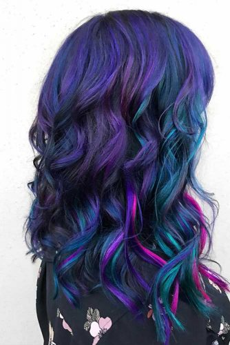 Medium Length Hair With Galaxy Coloring #galaxyhair #wavyhairstyle