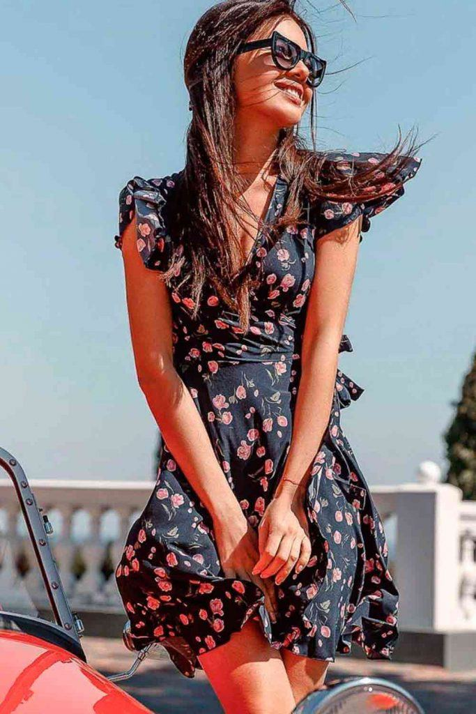 Flutter Sleeve Short Dress with V-Cut Neck #prettydress #dresswithflowers