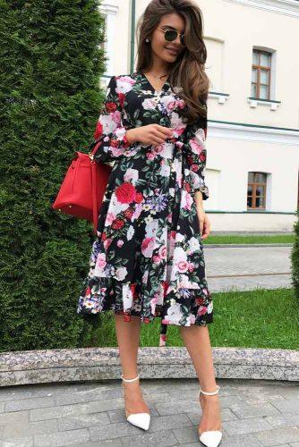 V-Neck Dress With A Floral Print #mediumdress #longsleevesdress #summerdress