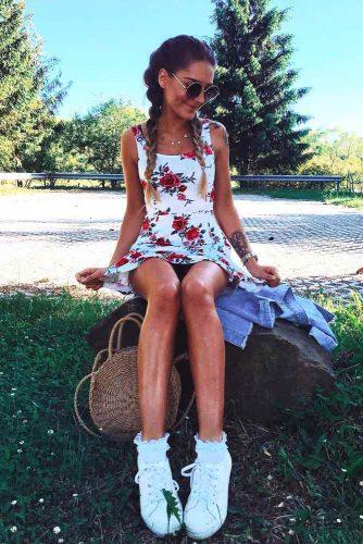 White Short Dress With Red Flowers #shortdress #whitedress