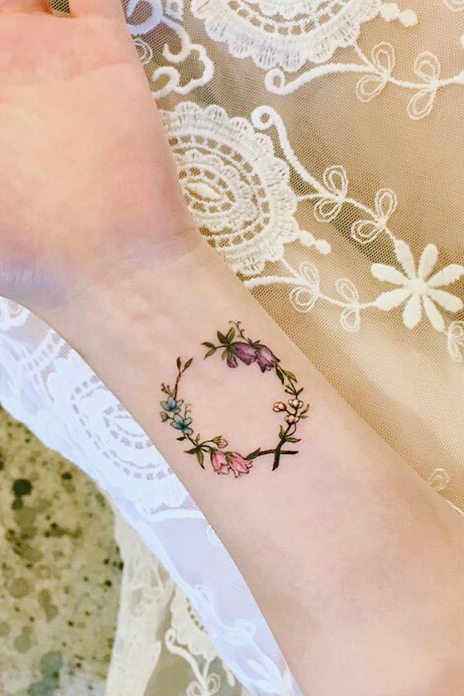 Floral Wreath Wrist Tattoo Design #floraltattoo