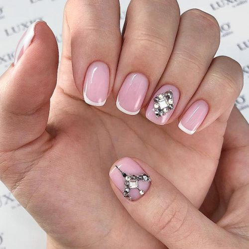 Classical French Nails With Dazzling Crystals #rhinestonesnails #swarowskicrystals