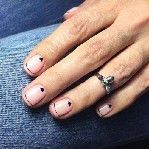 Modern Minimalistic Lines To Highlight Nail Form #nudenails #linednails #stripednails
