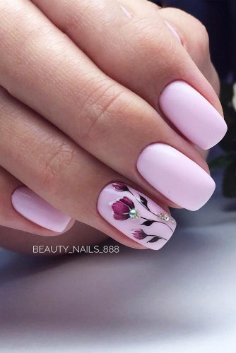 Pink Nail Design With A Floral Pattern #patternednailart