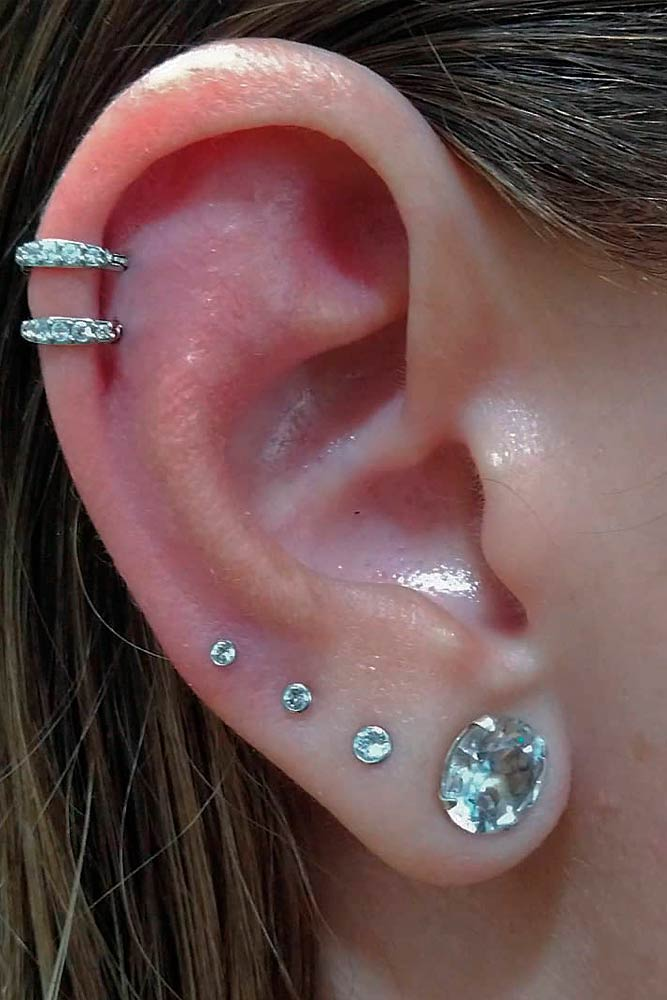 Cartilage Piercings With Lobe And Upper Lobe #helixearpiercings #lobepiercing