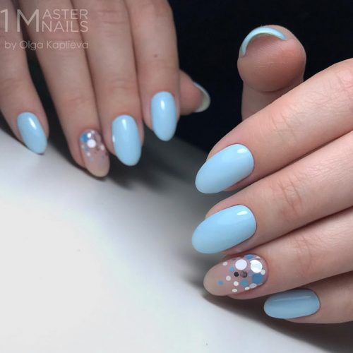 Soft Blue Vibes #ovalnails #bluenails #confettinails #kamifubuki