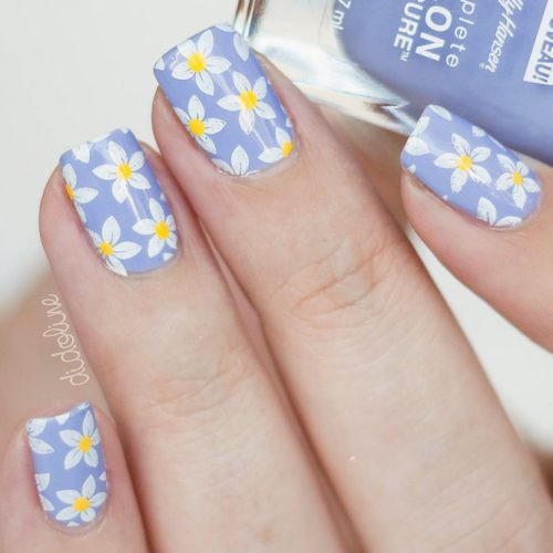 Popular Summer Manicure Charming Daisies On Lilac Base #squarenails #shortnails #daisienails