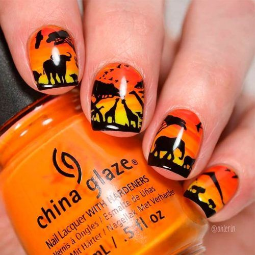 Hot Orange Gradient For Summer Manicure #ombrenails #orangenails