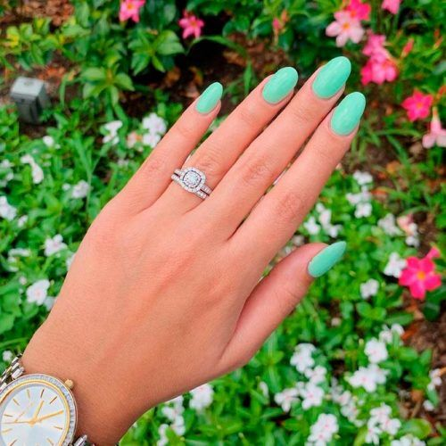 Pale Green Nails #purenails #greennails
