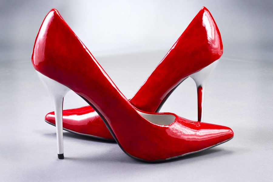 Sassy Red Heels Designs To Make A Fashion Statement