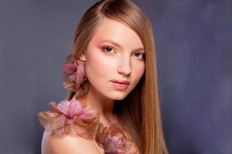 Top Nude Makeup Tutorials For You