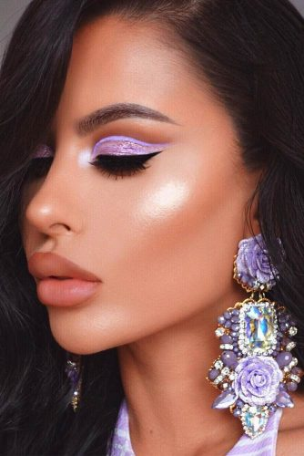 Party Makeup Idea With Glitter Lavander Eyeshadow #glittermakeup