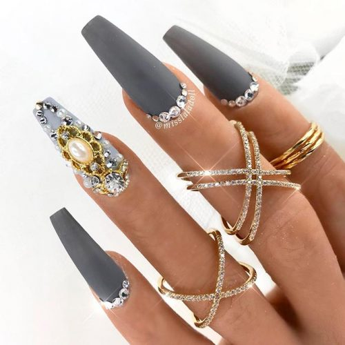 Luxury Rhinestones Bottom #longnails #rhinestonesnails