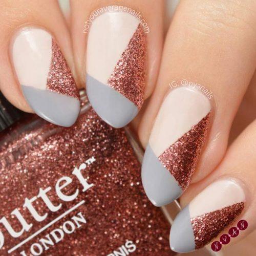 Arrowhead Nails To Subdue Human's Hearts #arrowheadnails #longnails #glitternails #colorblocknails #geometricnails