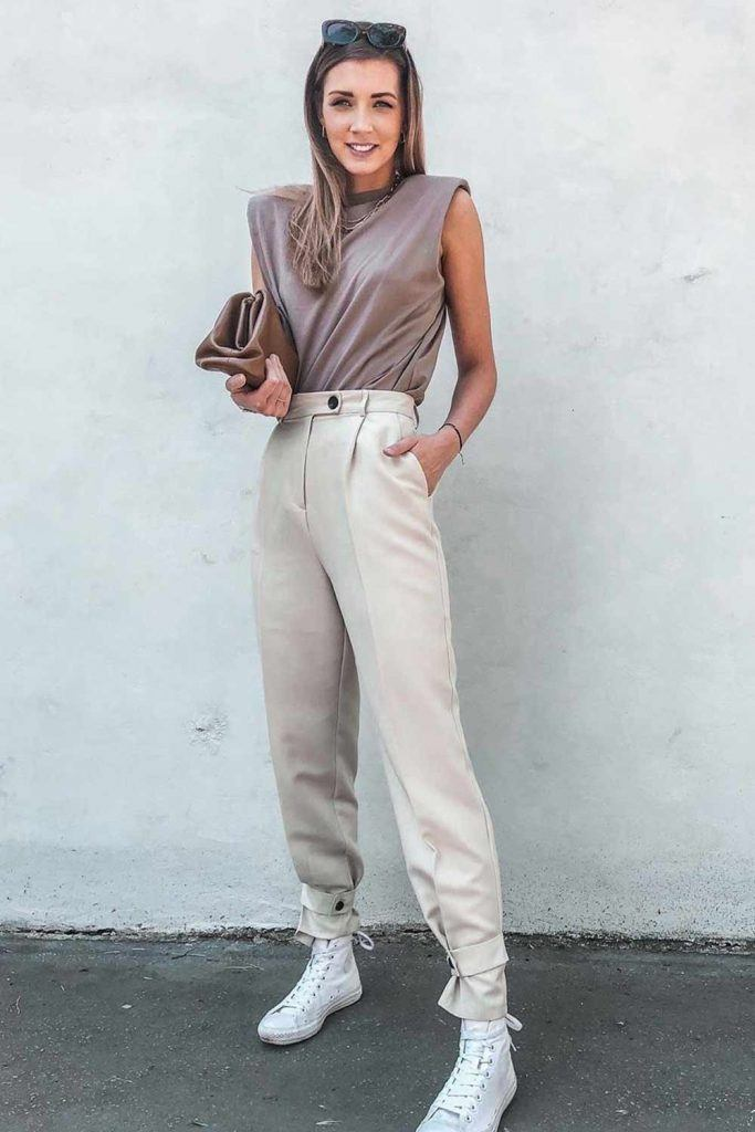 Monochromatic Outfit With High Waisted Pants #highwaistedpants
