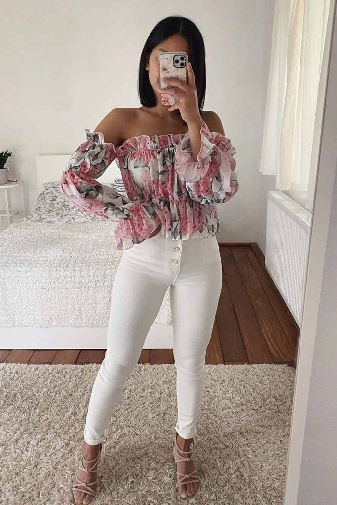 White Skinnies With Floral Top #floraltop