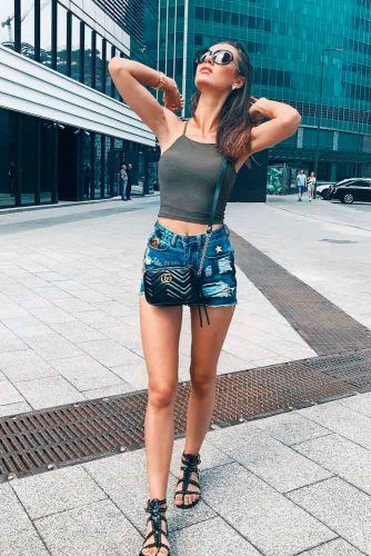 Torn Jeans Short With Halterneck Top #jeans #casualoutfit