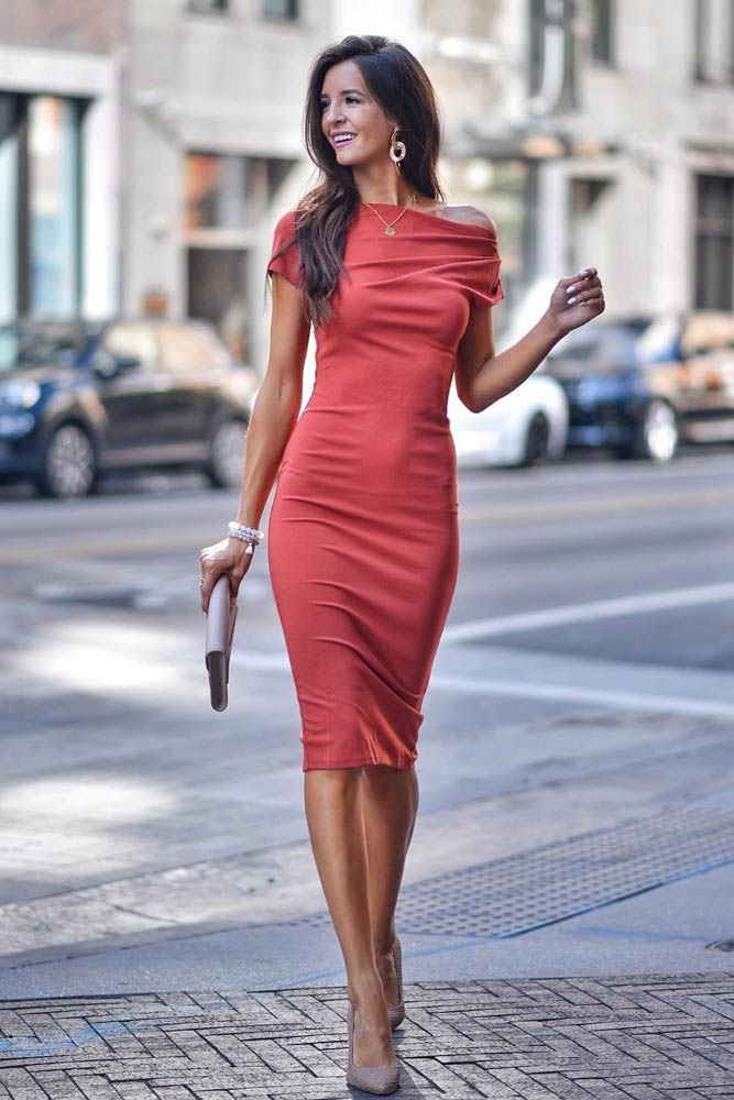 Bodycon Red Wedding Guest Dress #reddress #bodycondress