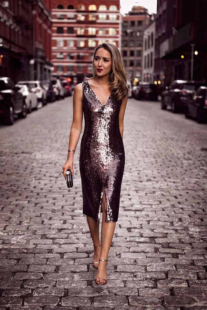 Silver Chrome Bodycon Wedding Guest Dress #cocktaildress