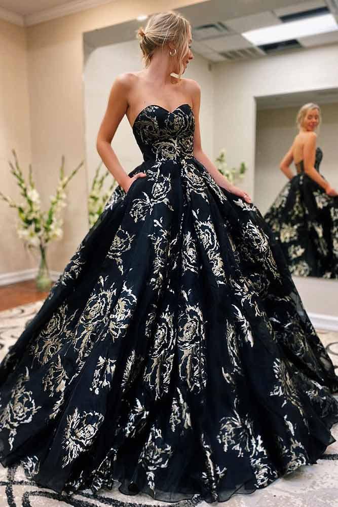 Black Strapless Wedding Guest Dress With Gold Print #blackdress #straplessdress
