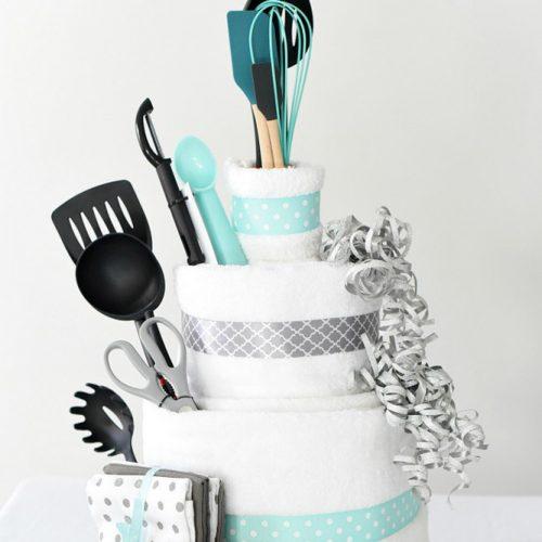 Diy Bridal Shower Gift Idea #diygiftidea #towels