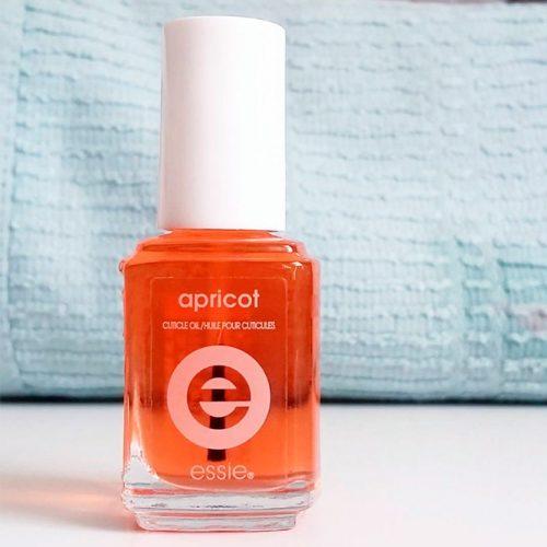 ESSIE Apricot Cuticle Oil #essiecuticleoil #nailskeeping