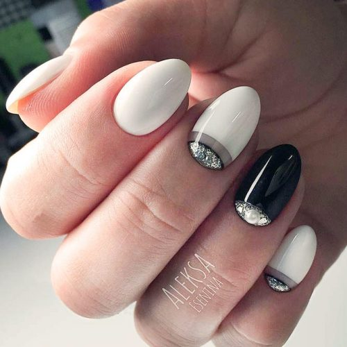 Classical Half Moon Design For Elegant Nails #whitenails #halfmoonnails #blackandwhitenails