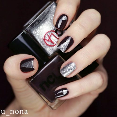 Elegant Triangular Nails In Dark Hues #maroonnails #silvernails #geometricnails