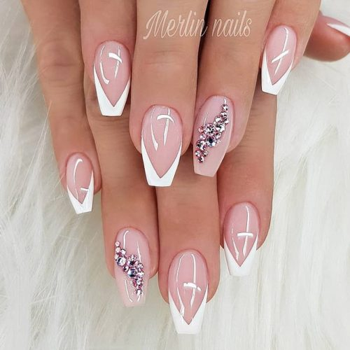 Classy French Nails With Rhinestones #nudenails #frenchnails #frenchtips #rhinestonesnails