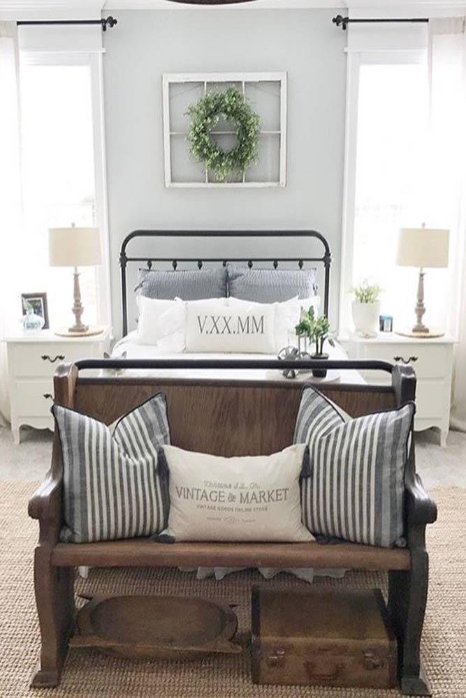 Vintage Bedroom Design #pillows #wood